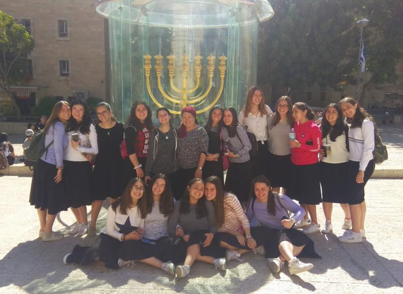 Tour of Machon HaMikdash with Malka's class